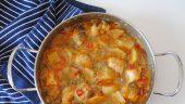 Guiso de merluza con patata y puerro