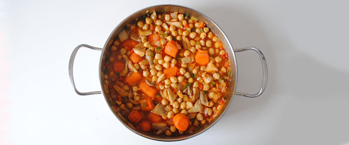 Garbanzos rápidos con setas y zanahoria