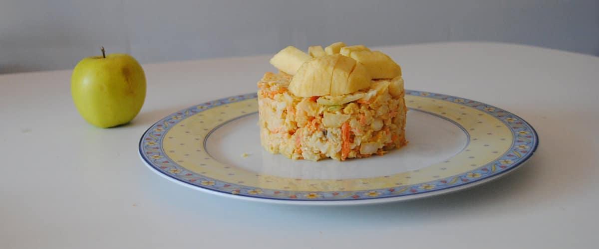 Ensaladilla de coliflor y zanahoria con manzana