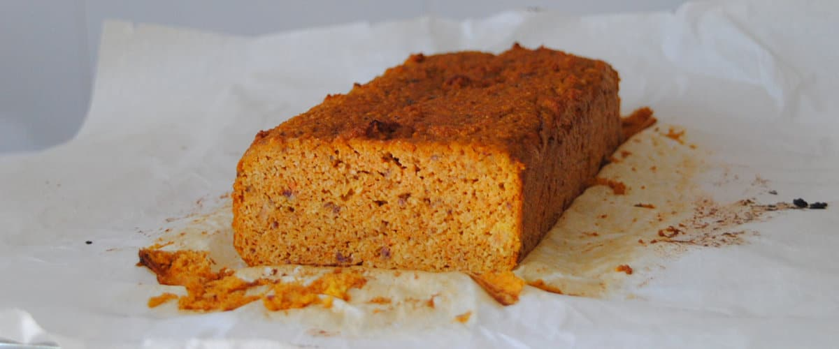 Bizcocho de zanahoria sin azúcar añadido