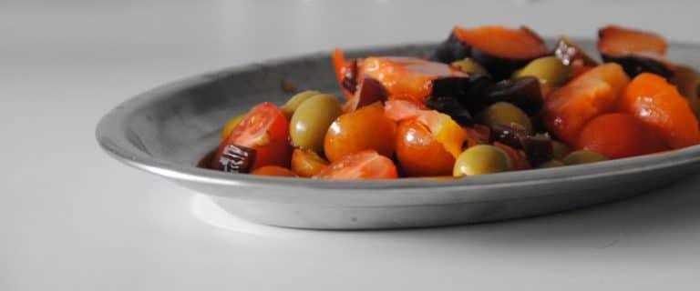 Ensalada de tomates y ciruela