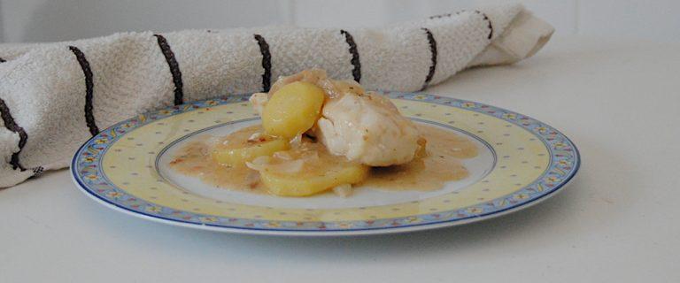 Merluza con patatas en salsa de almendras